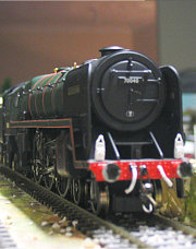 Clive of India Locomotive 00 Model